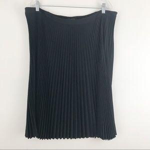 TALBOTS classic pleated wool skirt navy blue NWT